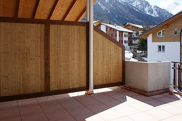 bodenbel ge in holz balkonplatten. Black Bedroom Furniture Sets. Home Design Ideas